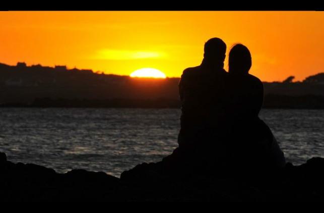 Lindas-fotos-de-casais-aproveitando-o-pôr-do-sol-Inspire-se-2
