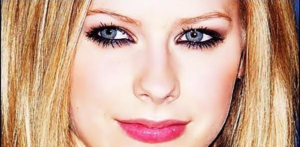 Maquiagem-da-Avril-Lavigne-dia-noite