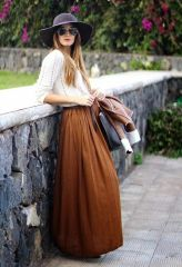d2fecb809667ae7942b96e660e04d4ba--maxi-skirt-winter-hippie-outfits