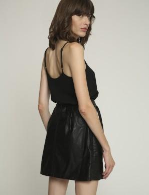 falda-de-cuero-ecologico-negro (1)