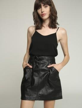 falda-de-cuero-ecologico-negro